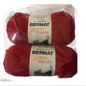 BERNAT 2-PACK BERRY RED YARN